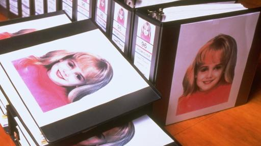 jonbenet-ramseys-murder-timeline-of-the-child-pageant-stars-death-and-investigation